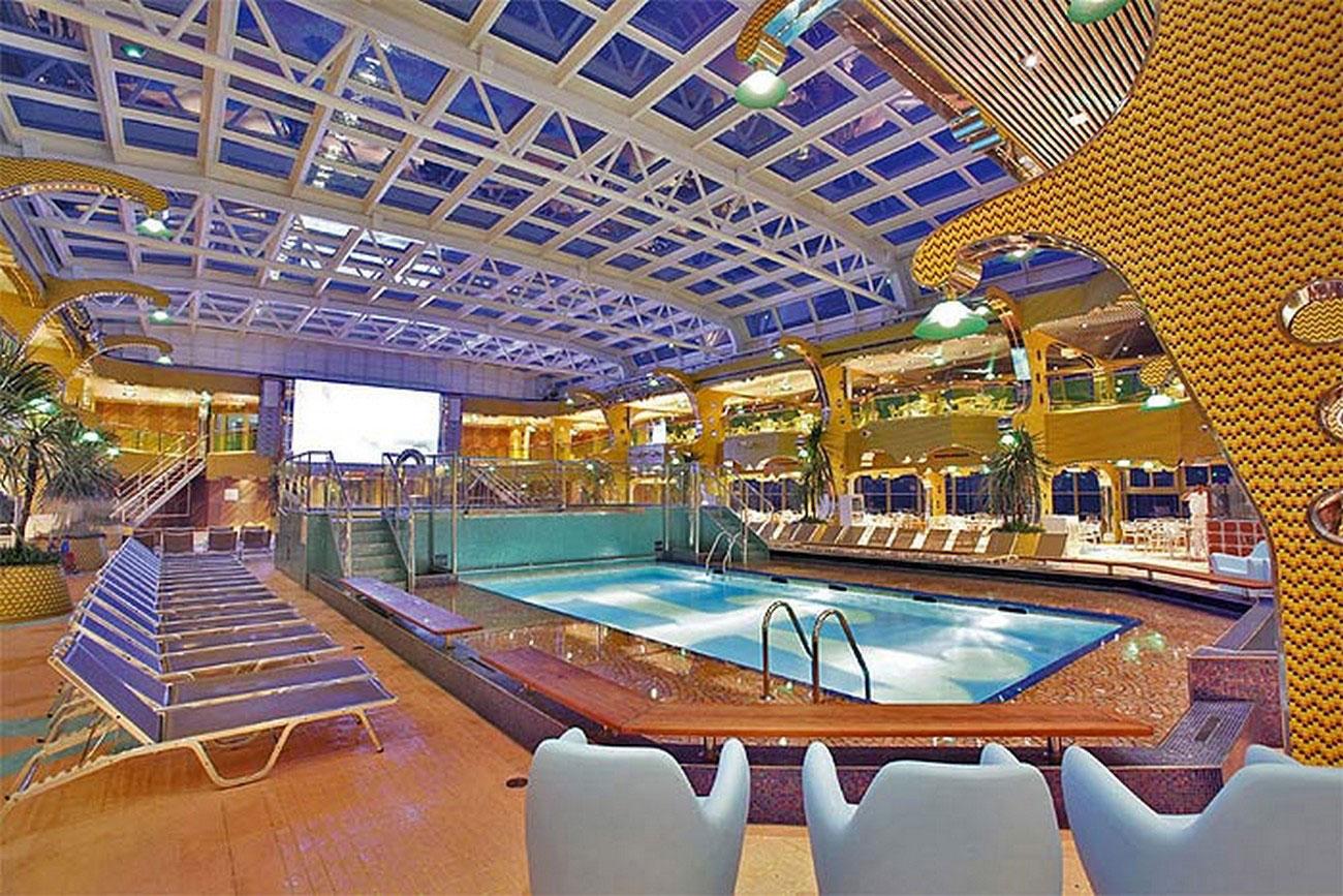 На Costa Concordia имелись три бассейна