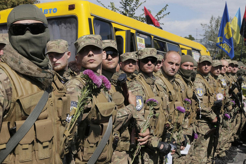 Добровольцы вступают в карательные батальоны