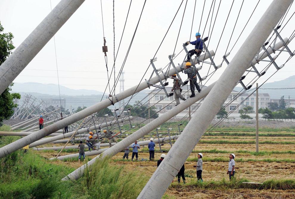 тайфун Haikui снес ЛЭП в Китае