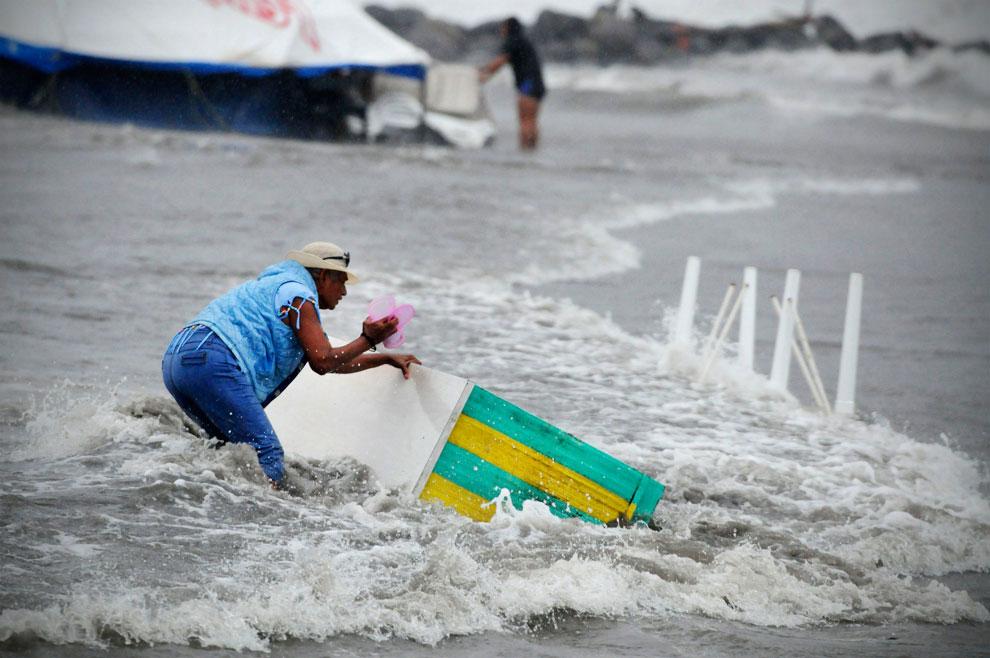шторм Эрнесто на побережье Мексиканского залива