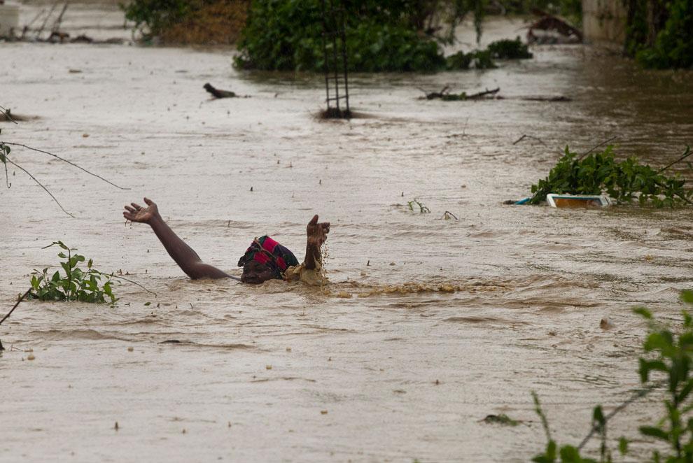 шторм Исаак на Гаити