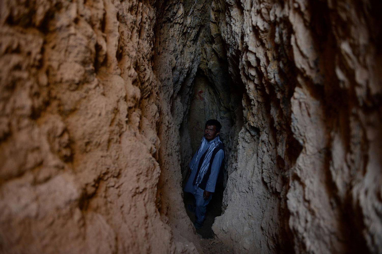 шахтер в горах