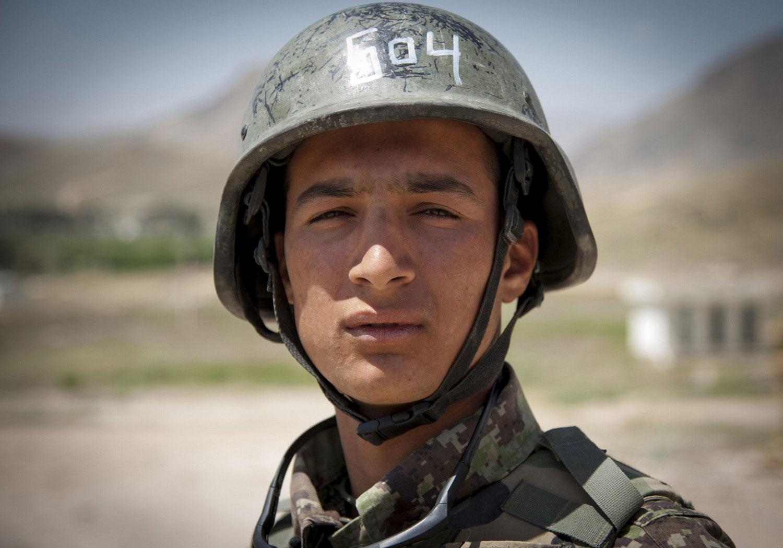 солдат Афганистана