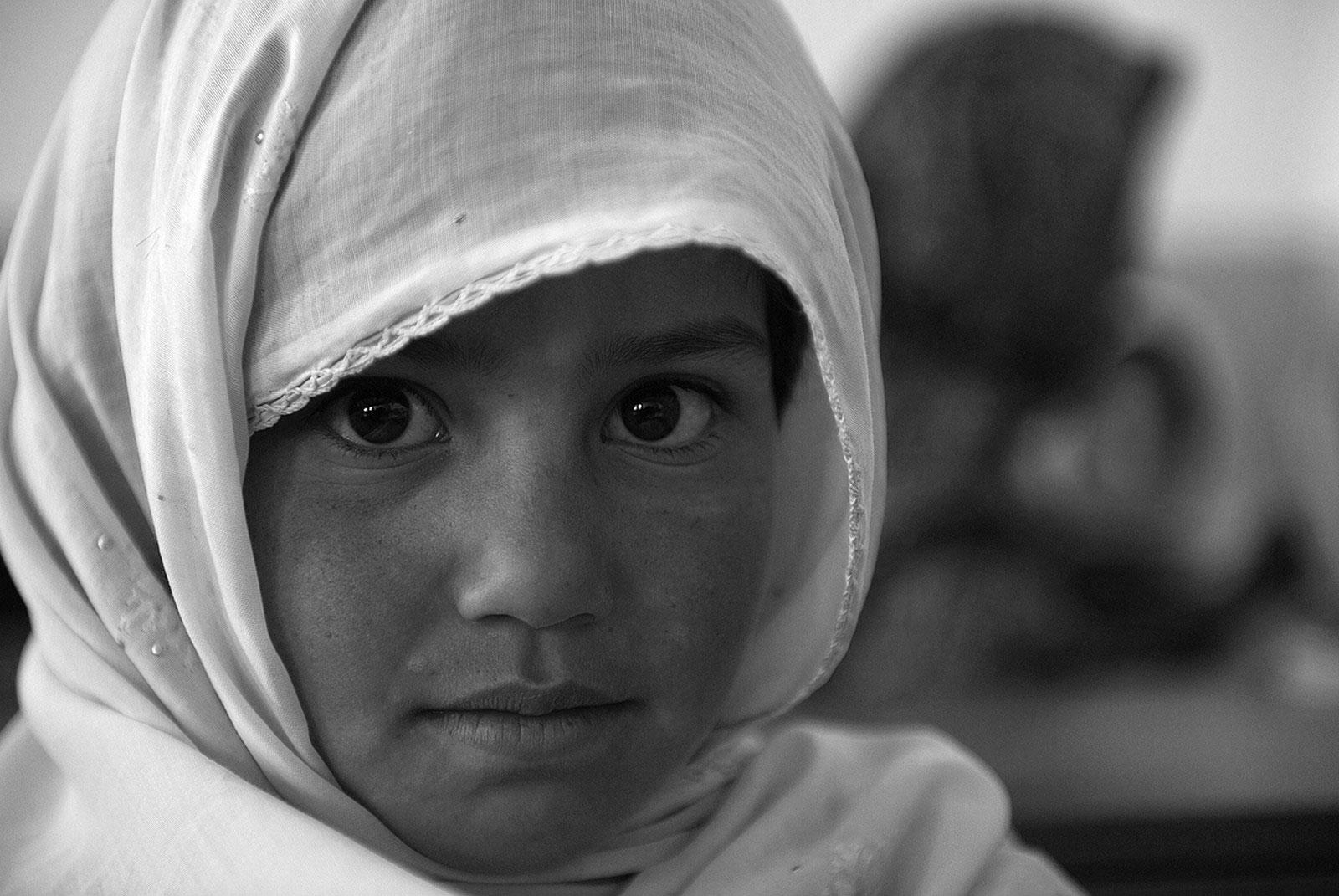 Афганская школьница