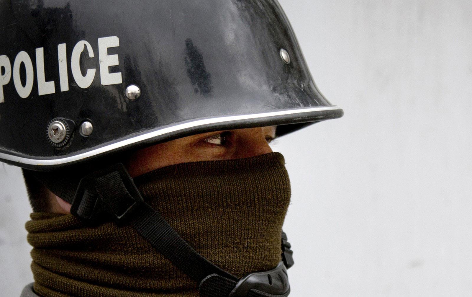 полицейский в центре Кабула
