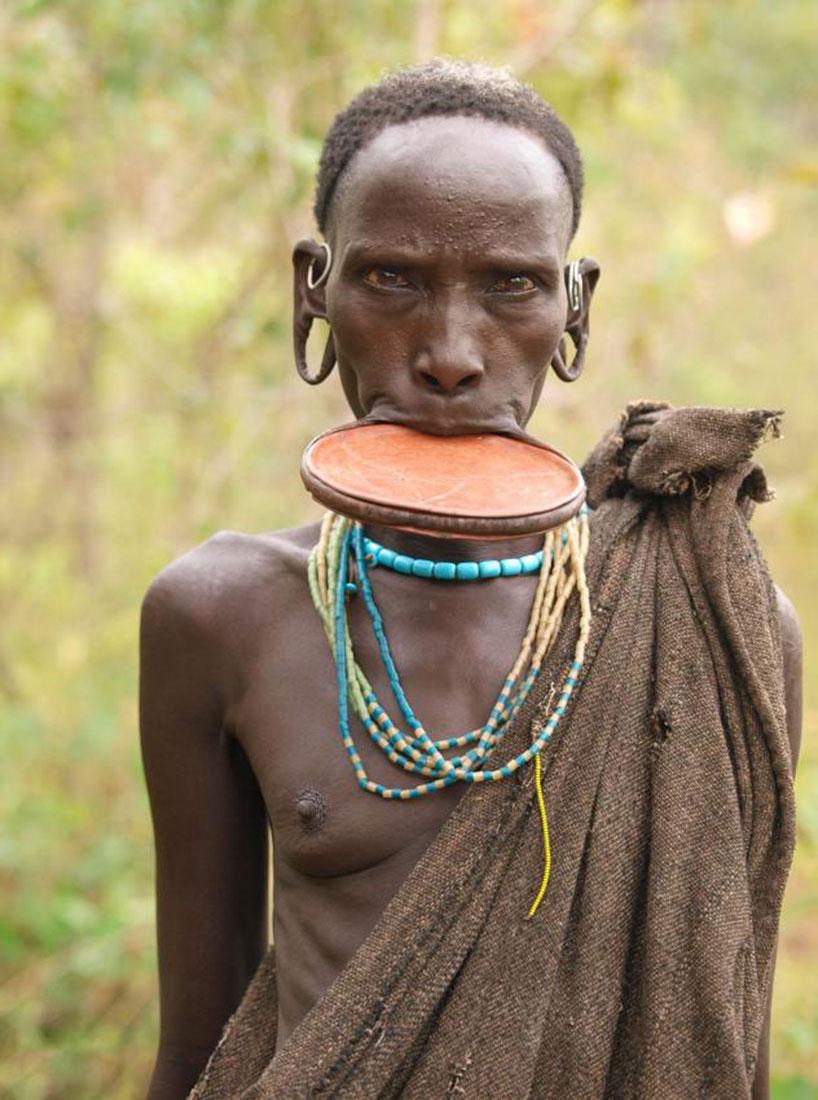 Фото белые девушки в африке — 15