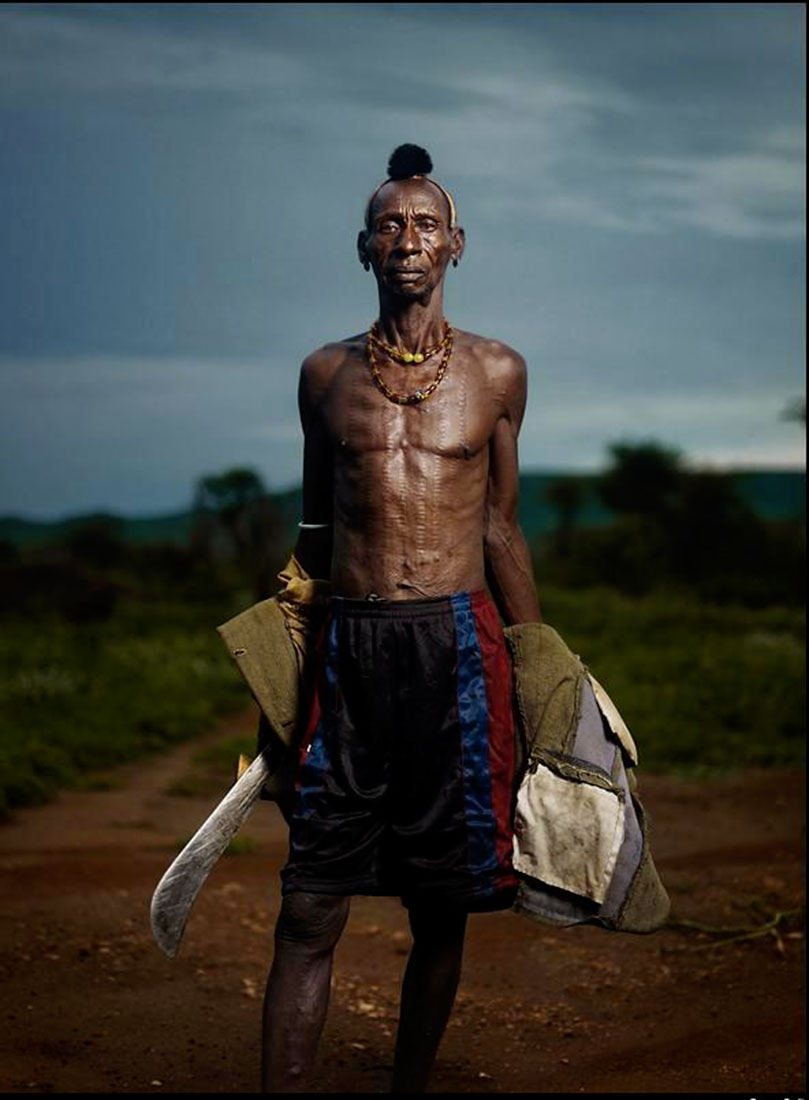 Вождь Хамер, Африка