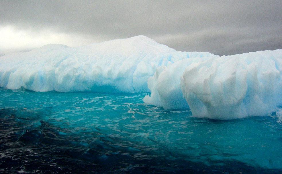 Айсберги около Антарктического полуострова, фото