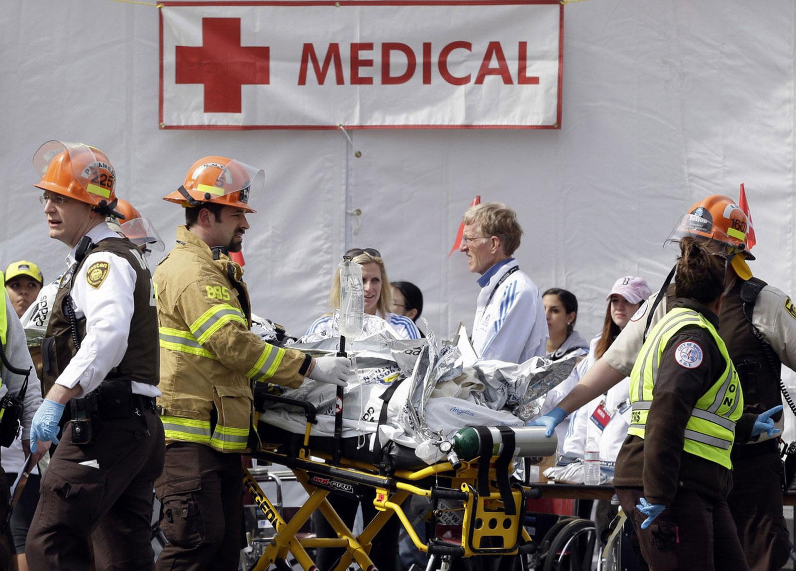 палатка для оказания скорой помощи