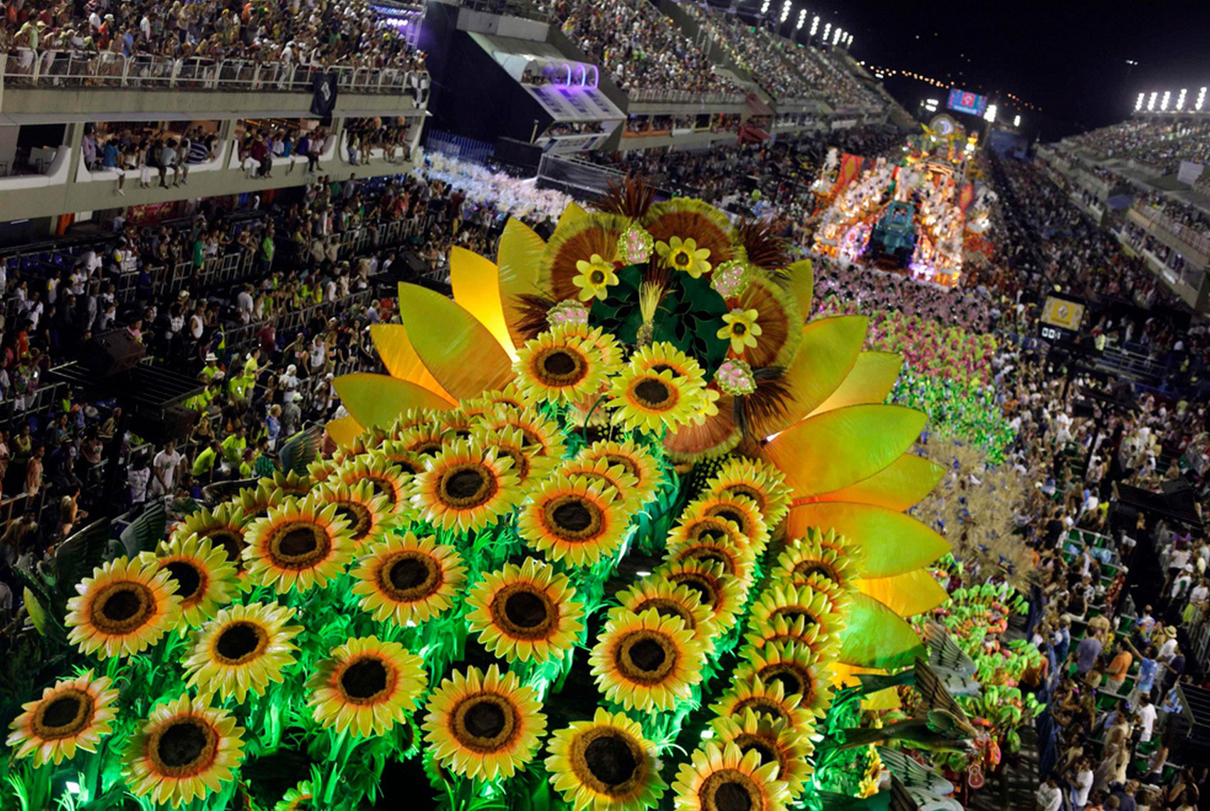 бразильский карнавал на Sambadrome, фото