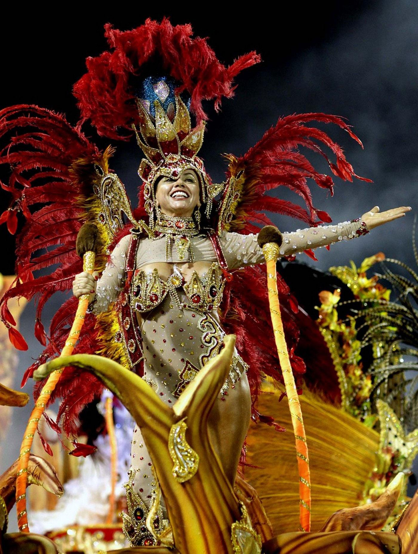 Танцовщица карнавала, фото