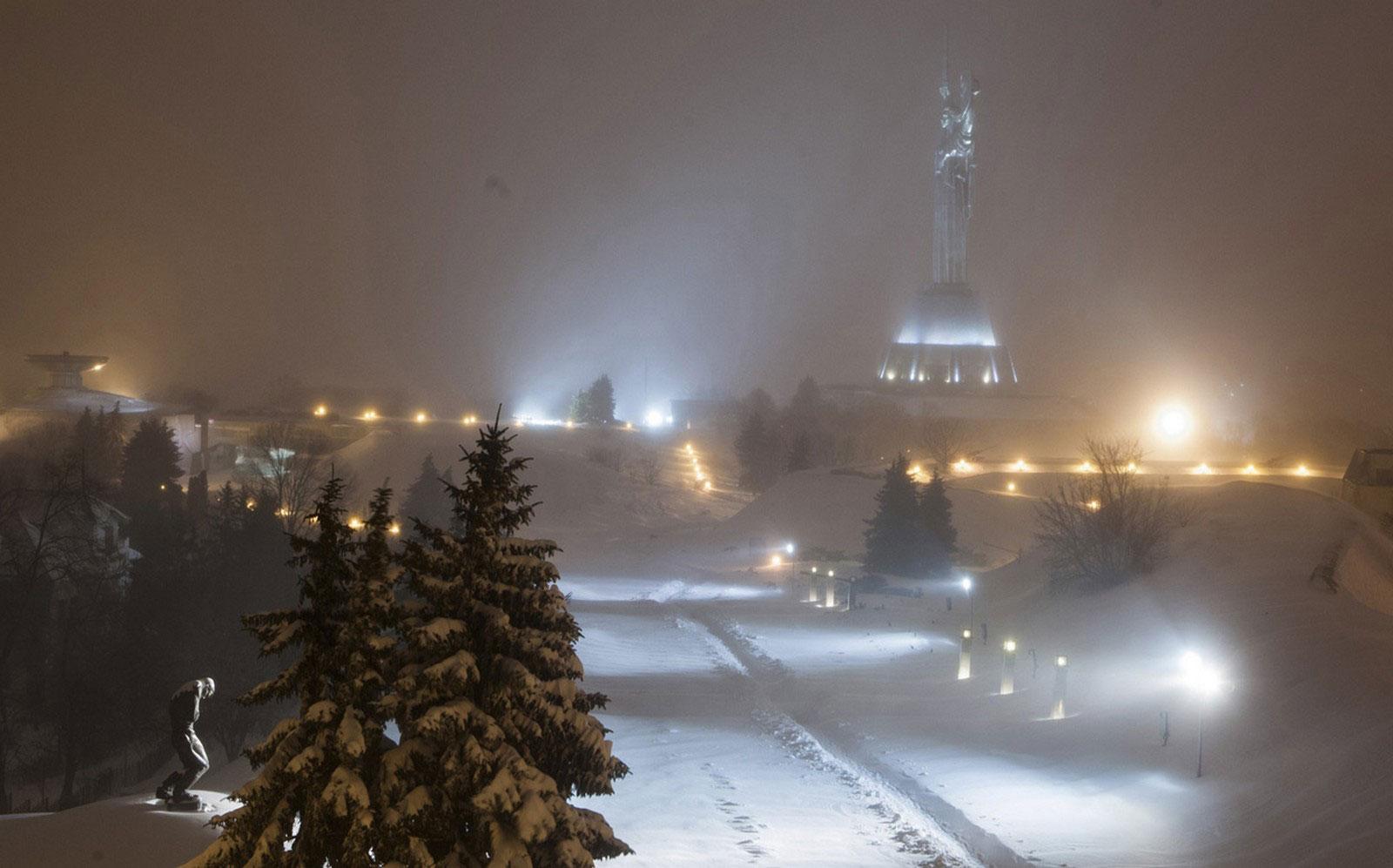 Монумент Киева
