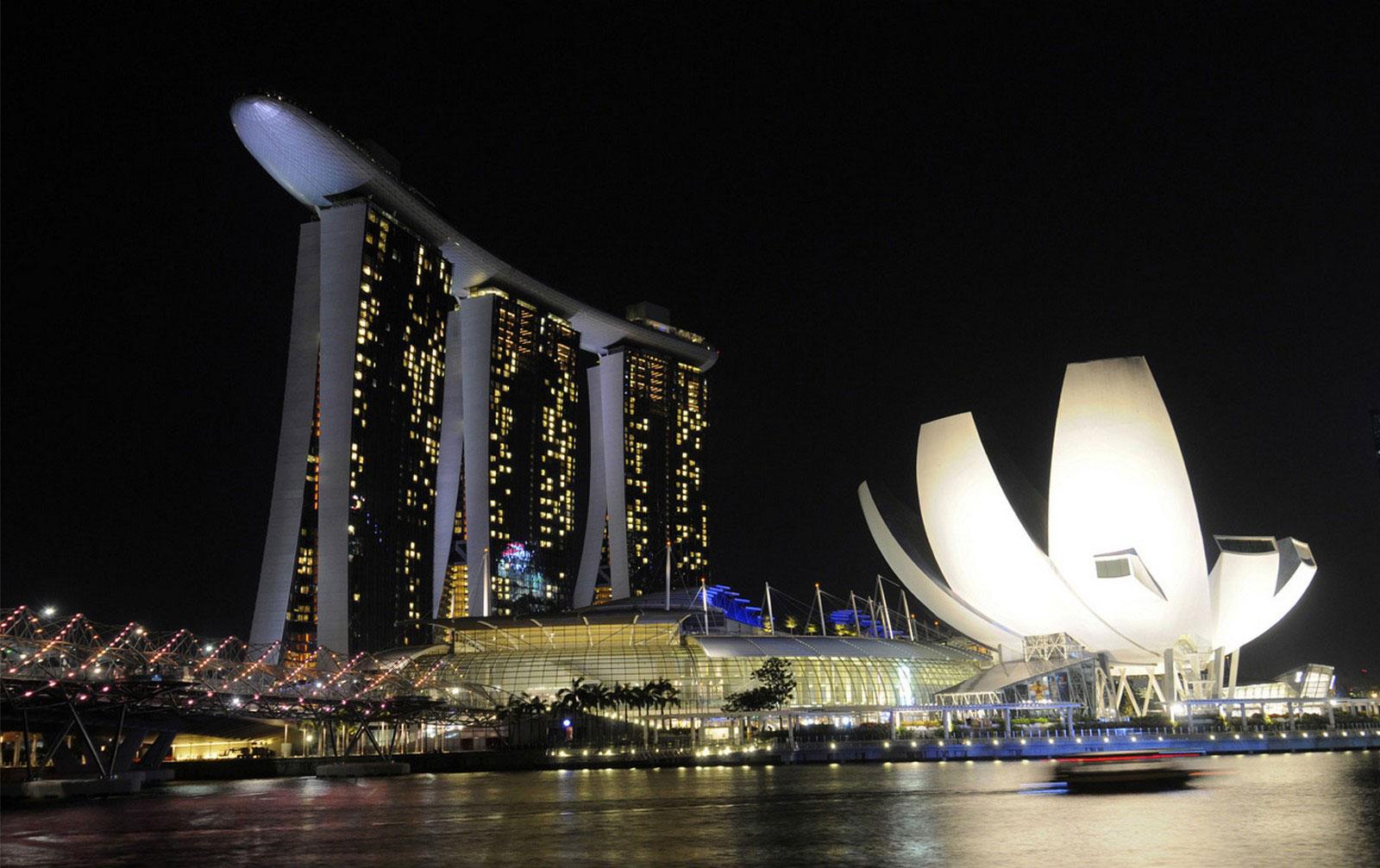 гостиница и музей в Сингапуре