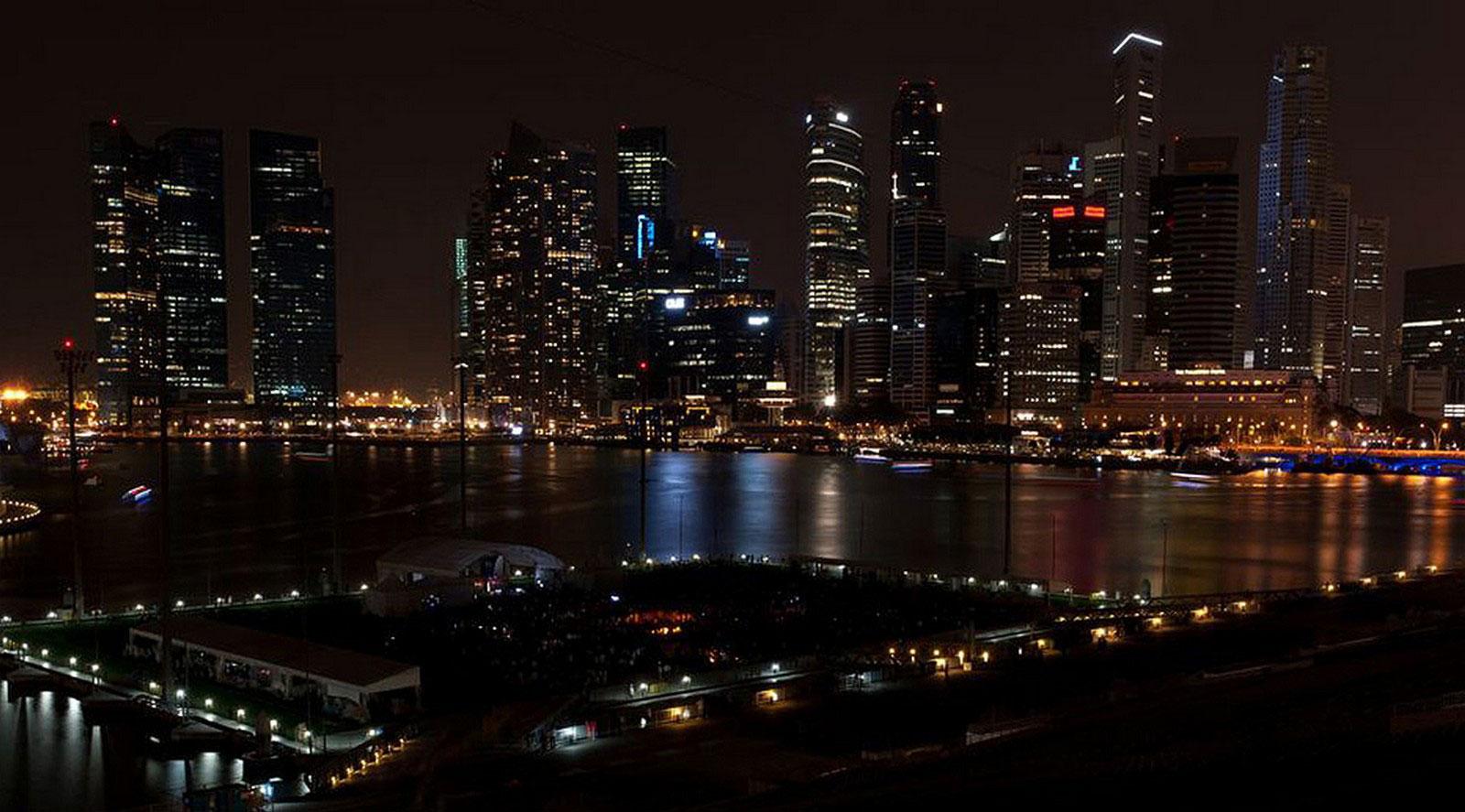 Сингапур в час Земли