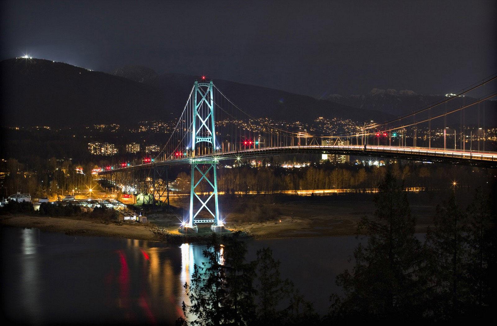Lions Gate Bridge Ванкувера