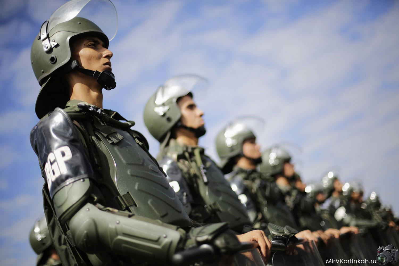 Члены бразильской армии