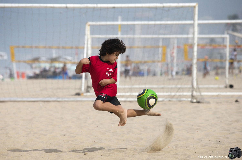 маленький футболист
