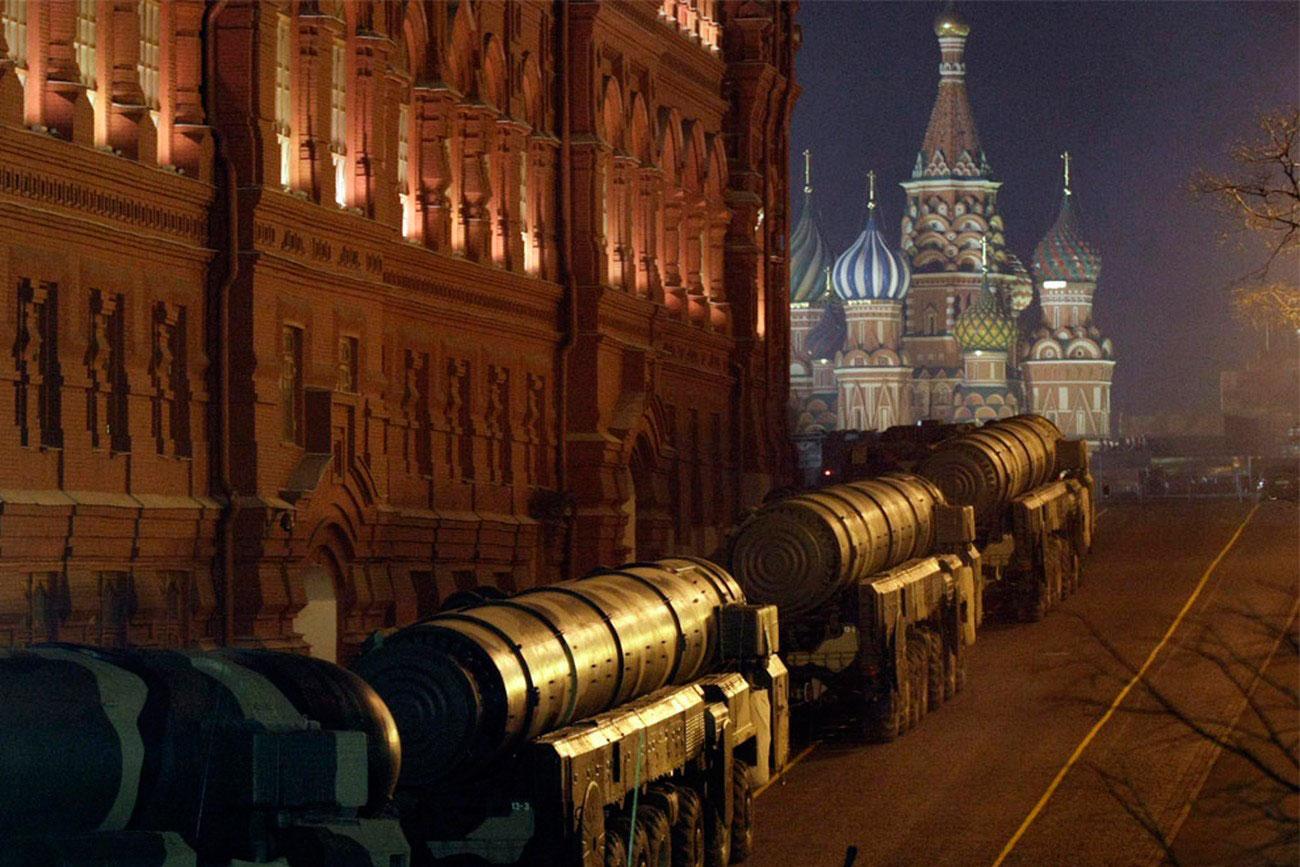Тополь-М, российский ракетный комплекс на день Победы