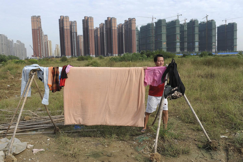 сушка белья в жилом квартале Китая