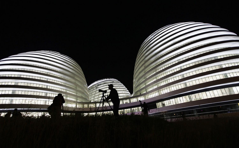 здание Galaxy Soho, фото