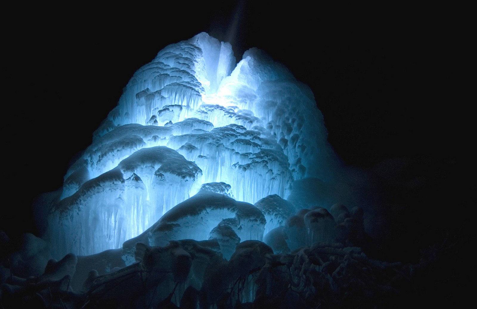 лед гейзеров, фото