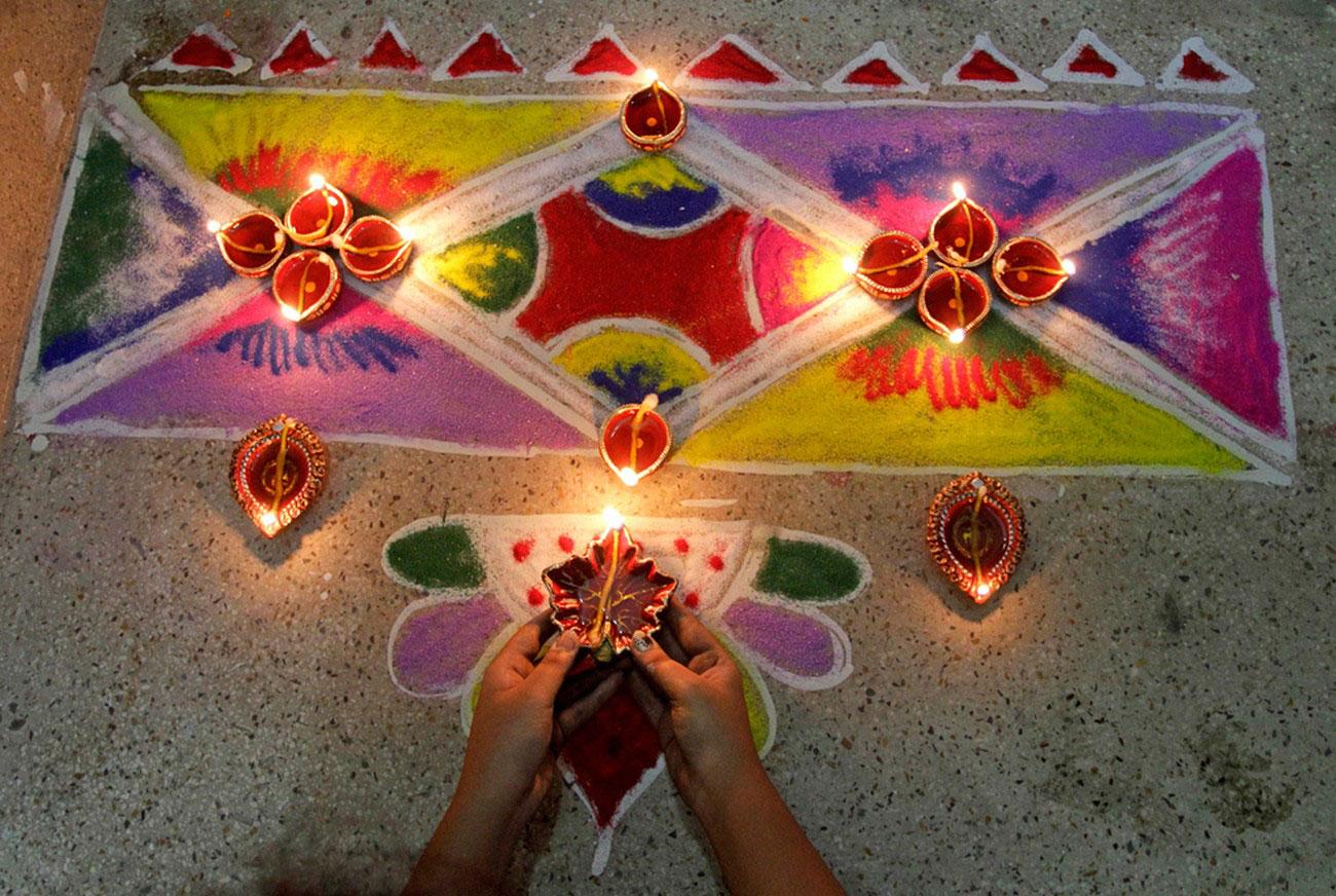 украшение домов на фестивале в Калькутте