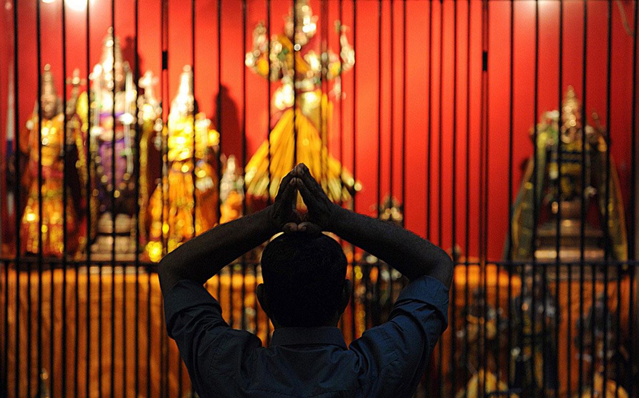 в индуистском храме в Коломбо