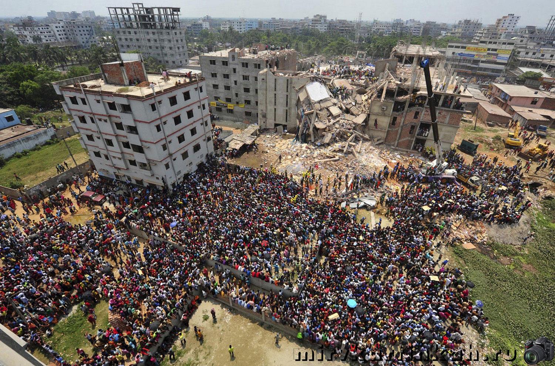 обрушения многоэтажной швейной фабрики в Саваре
