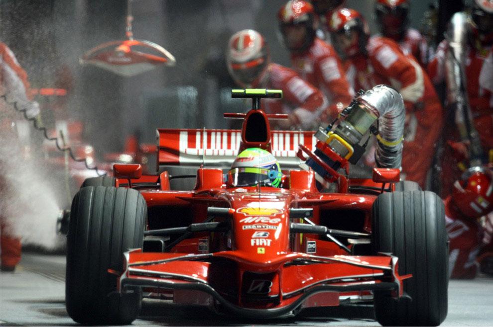 Фелипе Масса допустил ошибку на Гран-при в Сингапуре 2008, фото