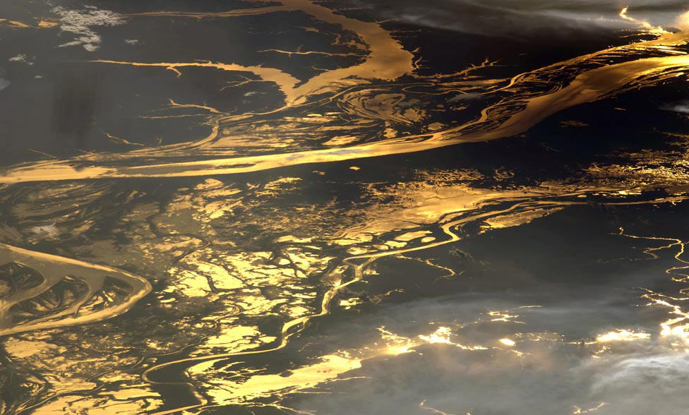 река Амазонка, фото со спутника
