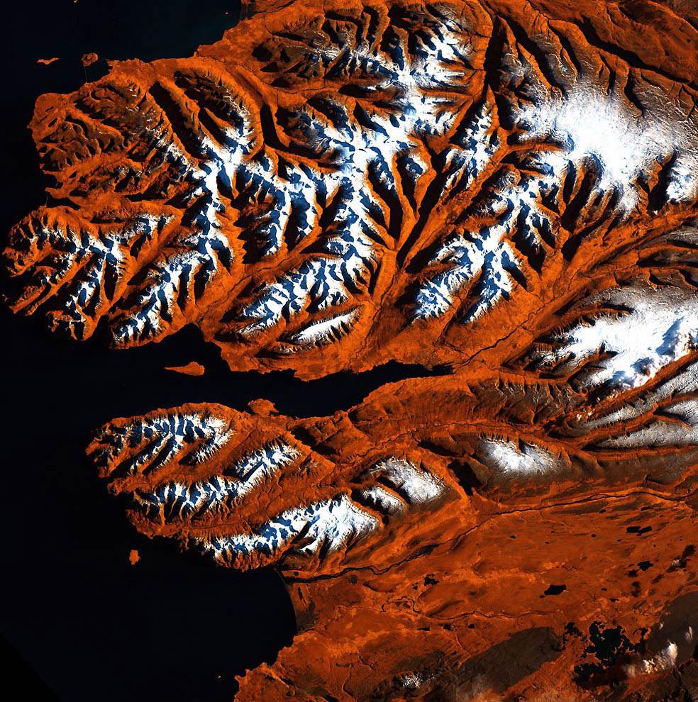 Северное побережье Исландии, фото из космоса