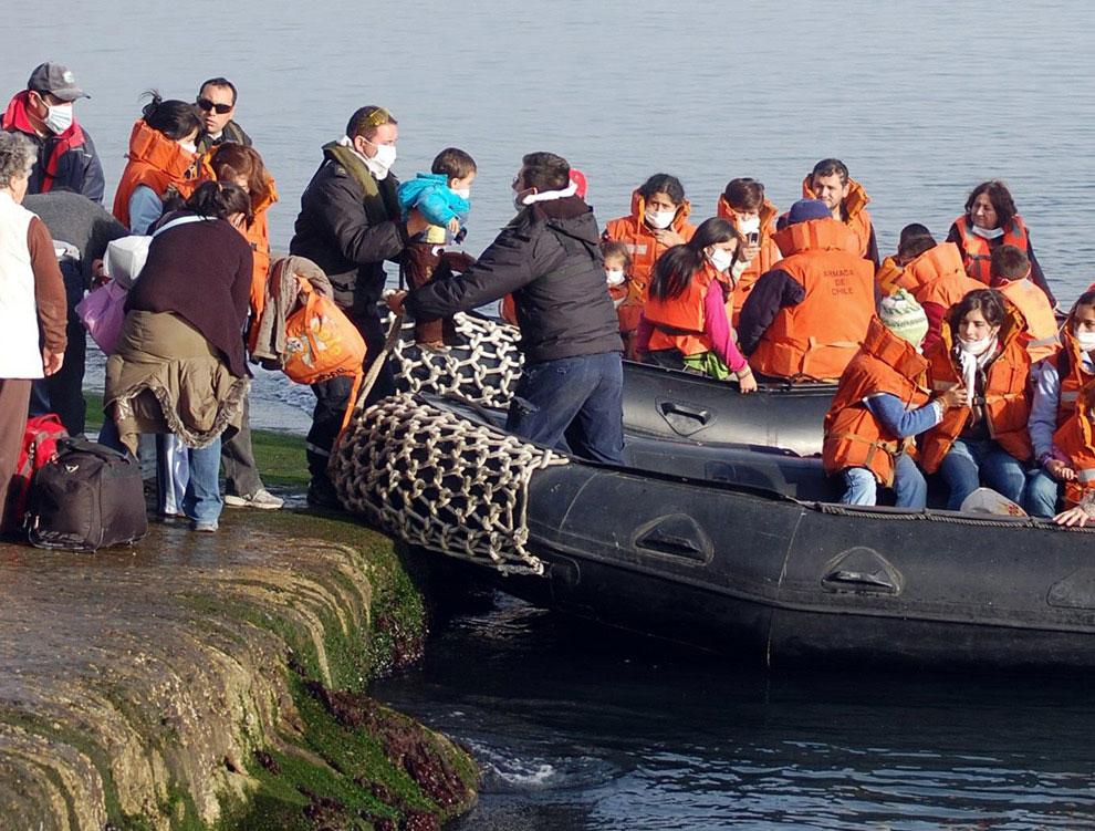 эвакуация жителей Чили