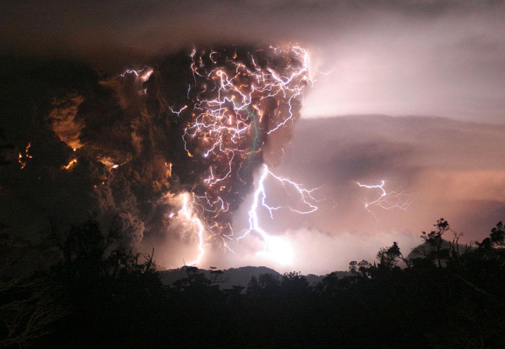 вулканическая активность в южной Америке