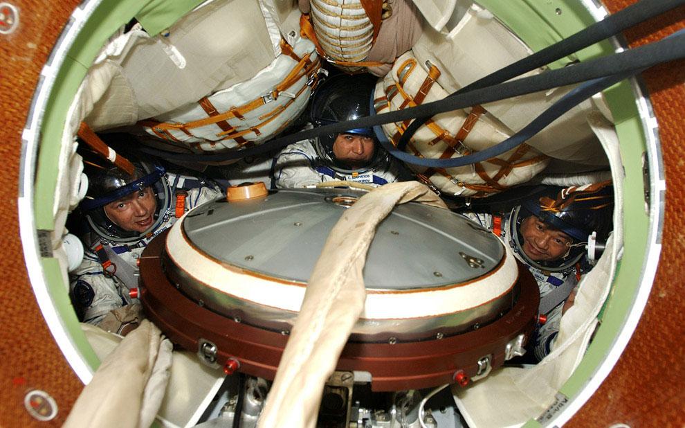 борт космического корабля Союз ТМА-5 на космодроме Байконур, фото