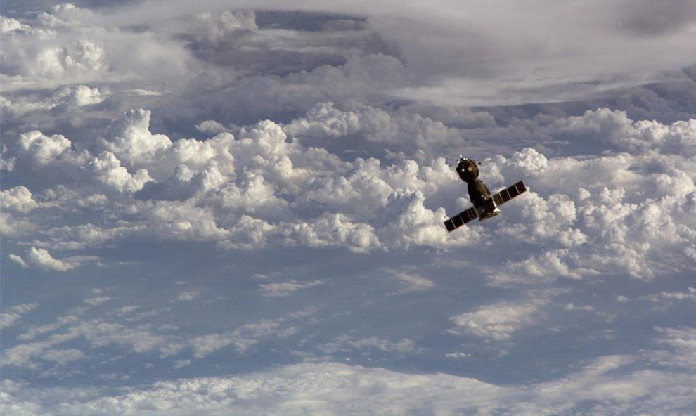 пилотируемый космический корабль Союз ТМА-10, фото