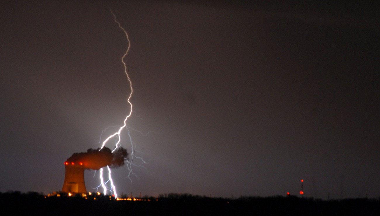 Разряд молнии в Огайо, фото