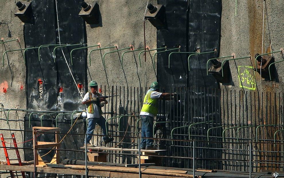 строительство на месте трагедии, 11 сентября 2001 года, США, фото