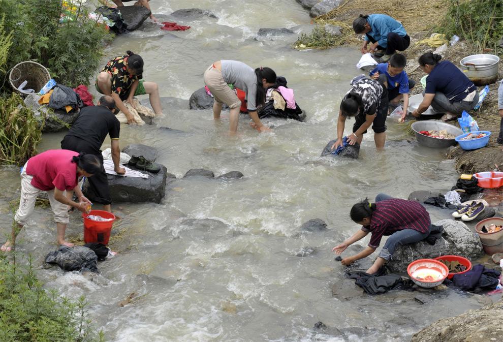 Пострадавшие от землетрясения в Китае