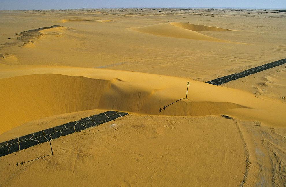 Дорога в долине Нила, Египет, фото