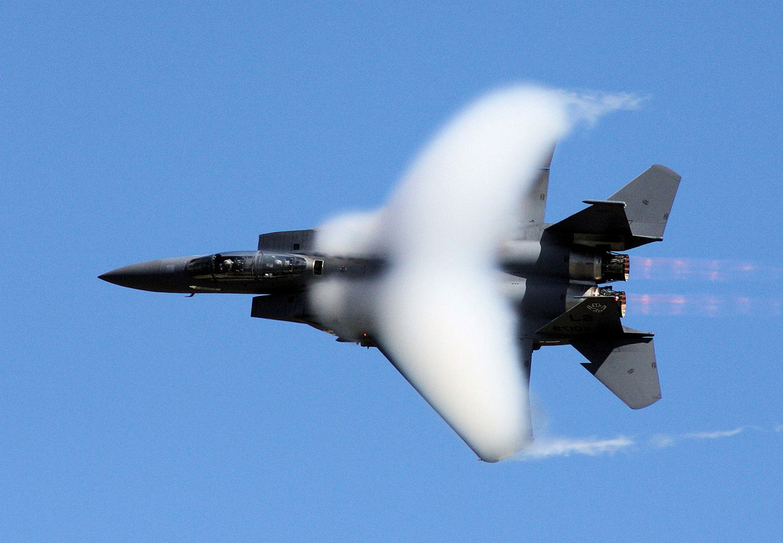 американский всепогодный тактический истребитель, фото Нешенел Географик