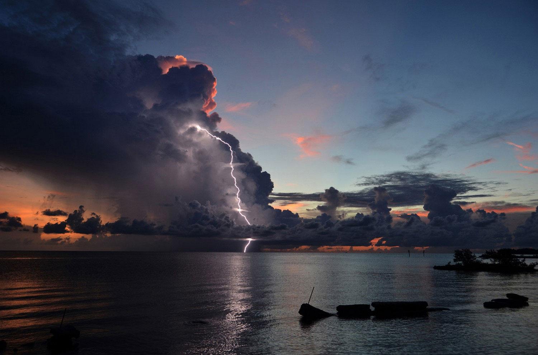 гроза на архипелаге Флорида-Кис