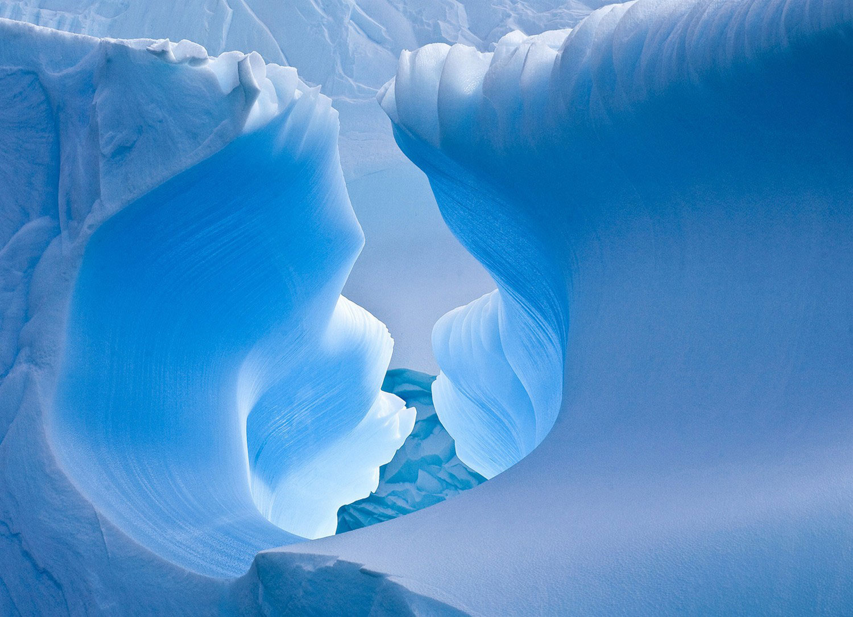Ледяная пещера Антарктиды, Фотоконкурс