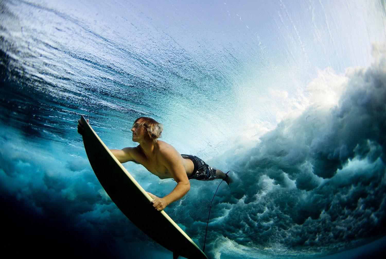 Серфер на Фиджи, фото