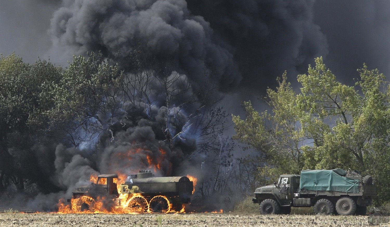 Военная техника в огне