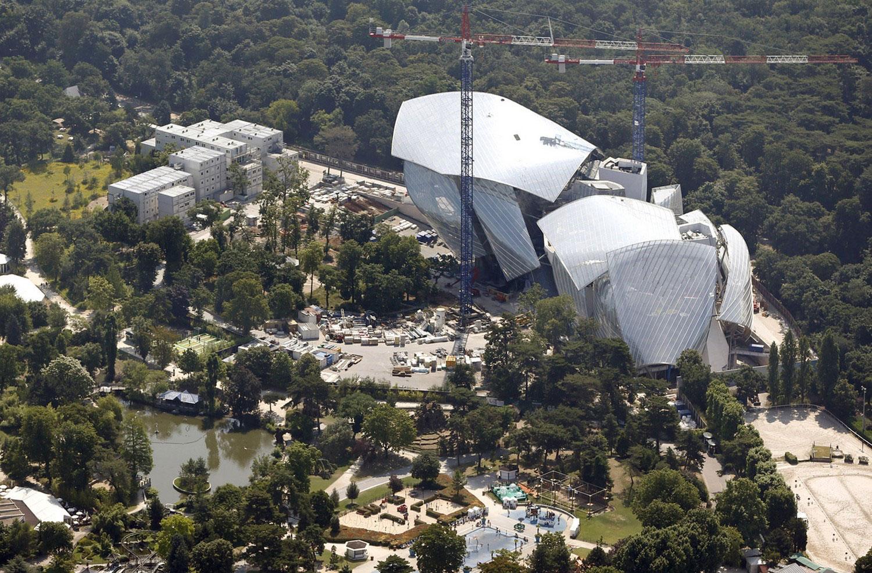 строительство художественного музея Луи Витон