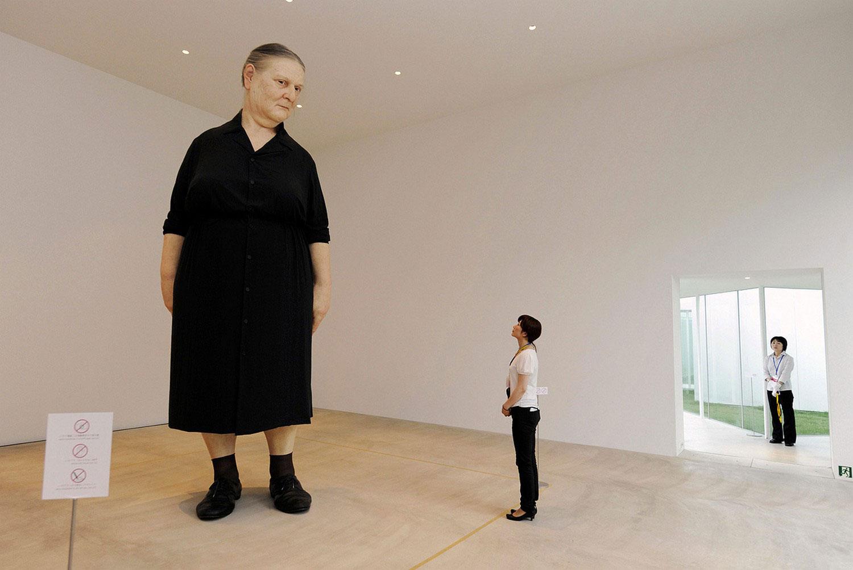 огромная бабушка