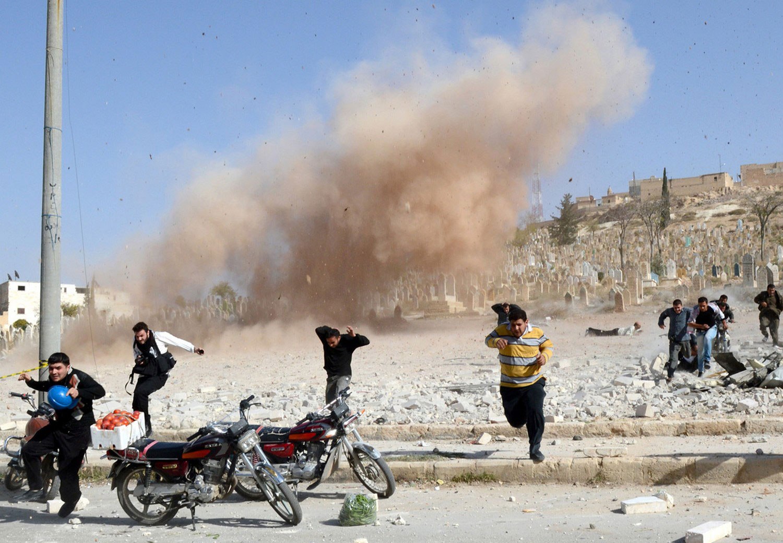взрыв бомбы в центре Алеппо, фото