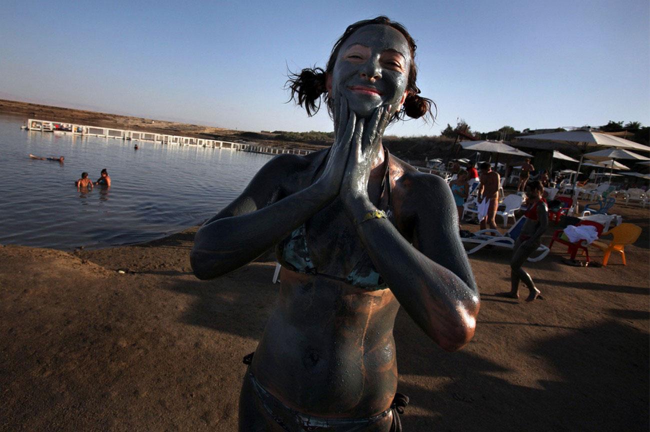 грязь на берегу Мертвого моря, фото