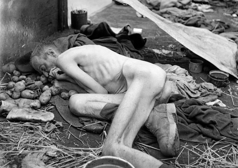 Безжизненное тело заключенного, фото