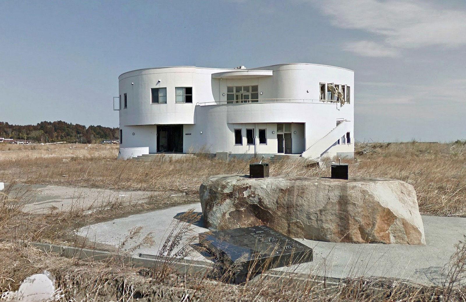 заброшенные места, после землетрясения в Японии